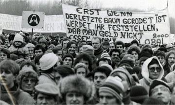 Sternmarsch auf die Brücklwiese Stopfenreuth Höhepunkt der Veranstaltung