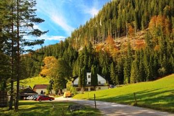 Das Einkehrgasthaus Familie Leitner im Tal der Kalten Mürz (© Elisabeth Vavra)