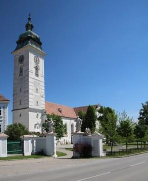 Retz_Stadtpfarrkirche