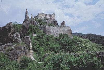 An diesem Tag wurde König Richard I. Löwenherz freigelassen. © Schubert Franz, Büste Atzenbrugg NÖ Werbung, Foto: Westermann